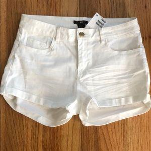 NWT H&M White Shorts